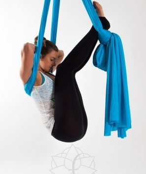 Bild Aerial Yoga Rückenentspannung